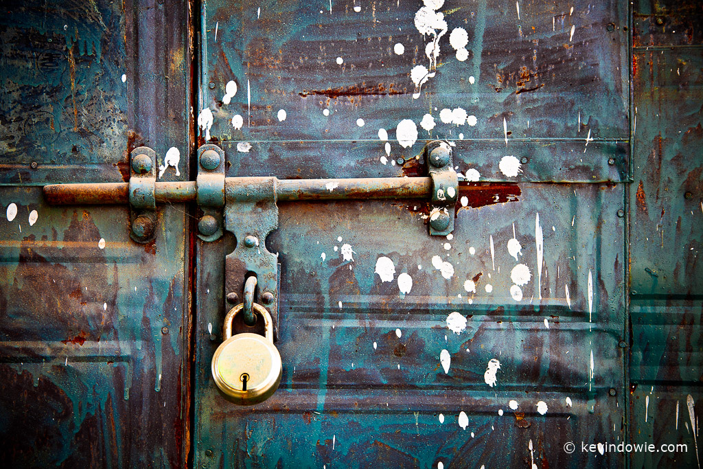 Door with lock, Haridwar