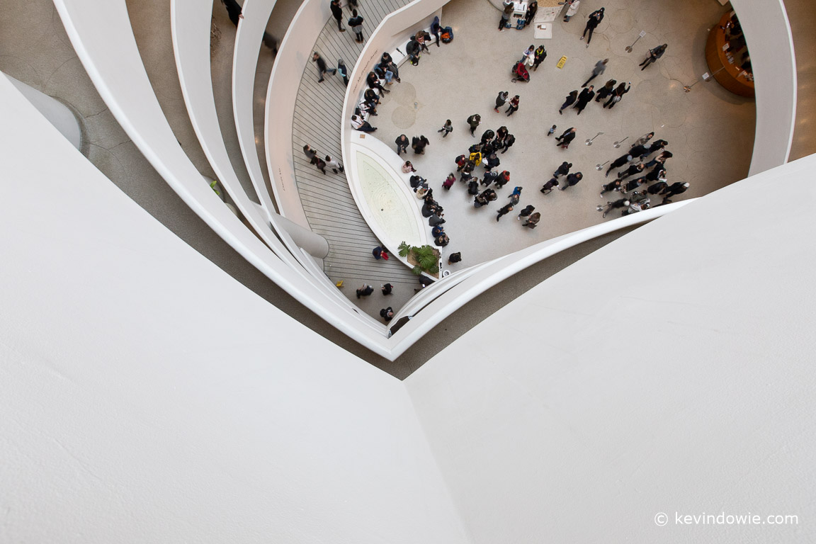 Lines and curves exist everywhere within the building with compositions possible looking in all directions including downwards from the upper levels.