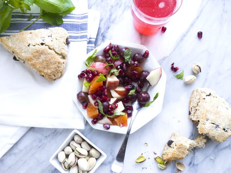 pistachio-pairings-a-fruity-brunch.jpg
