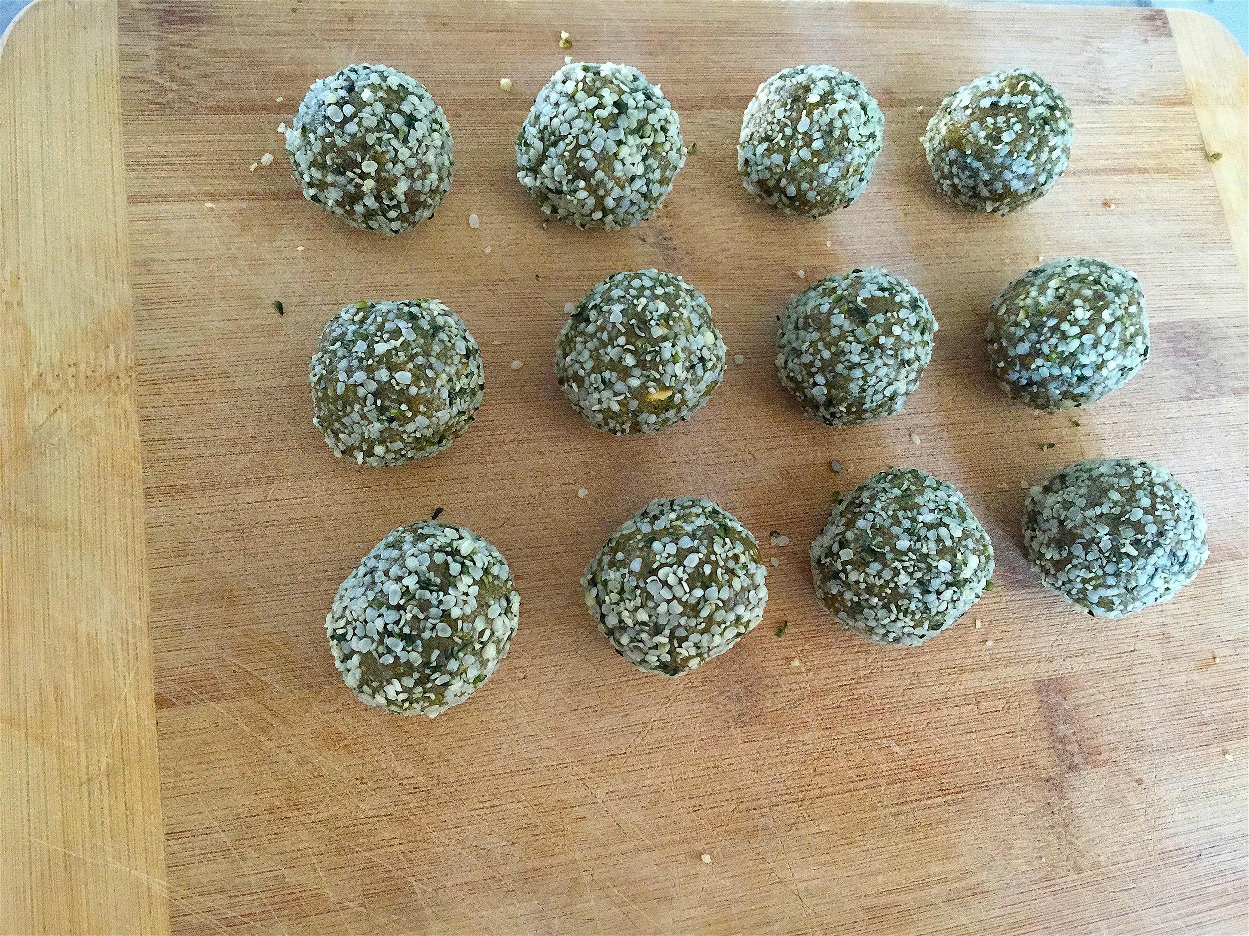 Matcha Hemp Energy Balls-3