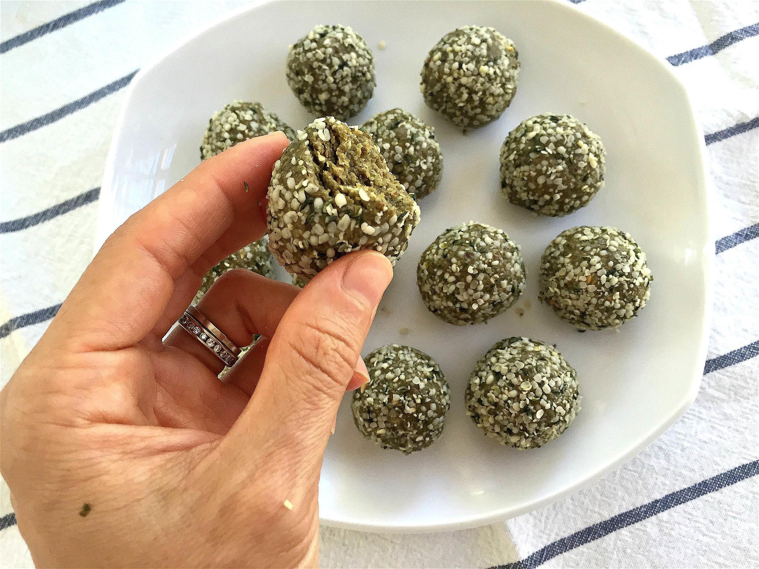 Matcha Hemp Energy Balls-5
