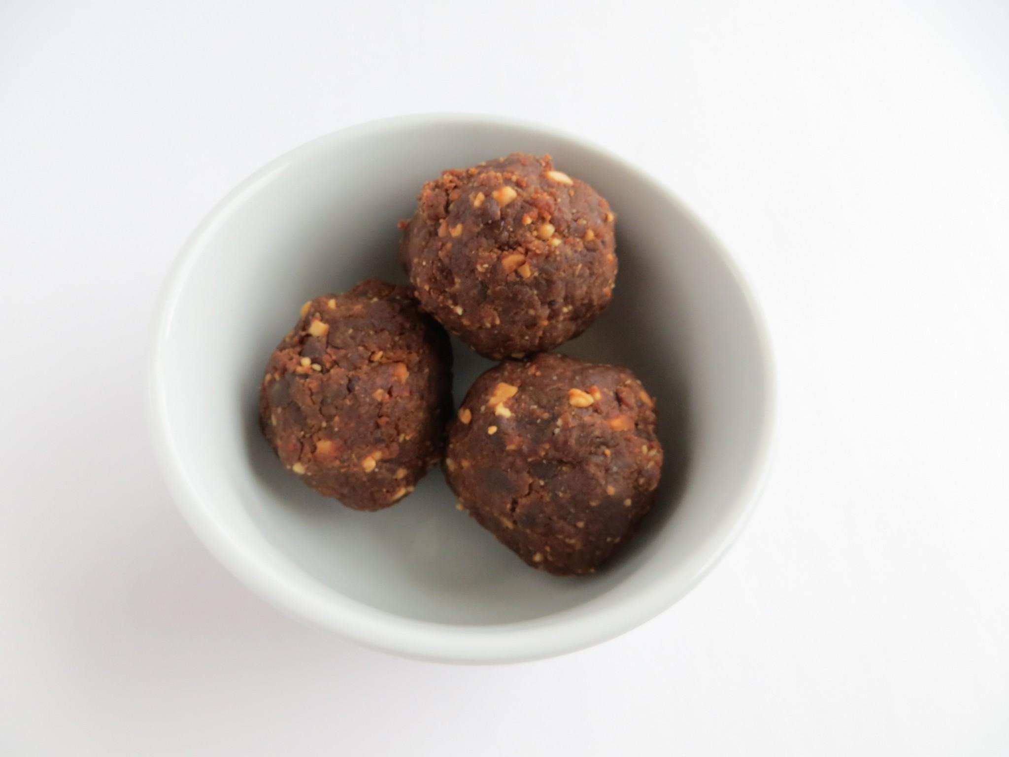 Peanut Butter Chocolate Chip Power Balls1