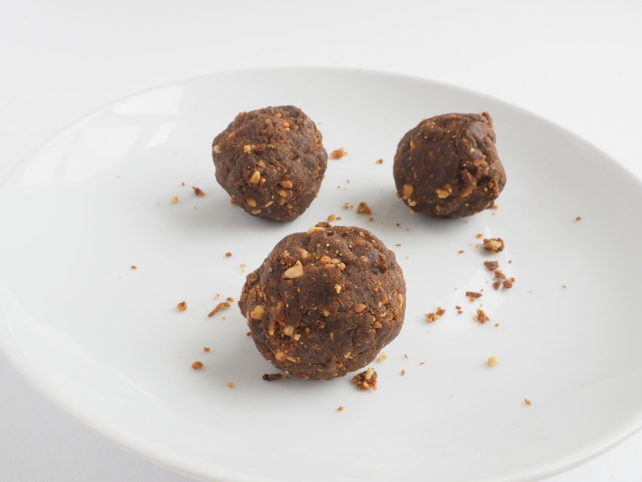 Peanut Butter Chocolate Chip Power Balls6