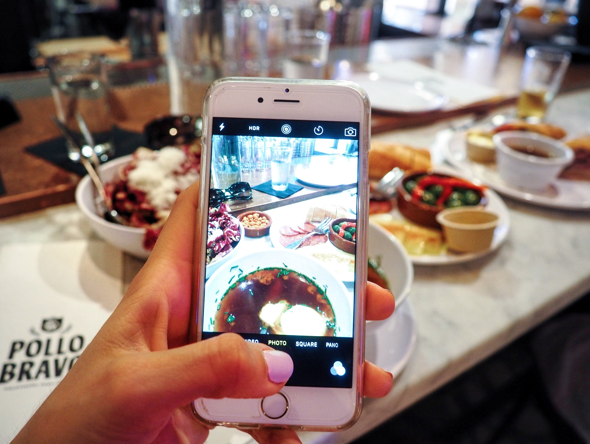 Tools To Use To Take Badass Instagram #FoodPics