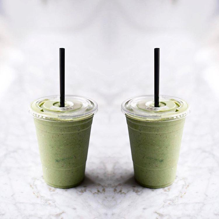 Green-Chai-Cinnamon-Bun-Smoothie.jpg