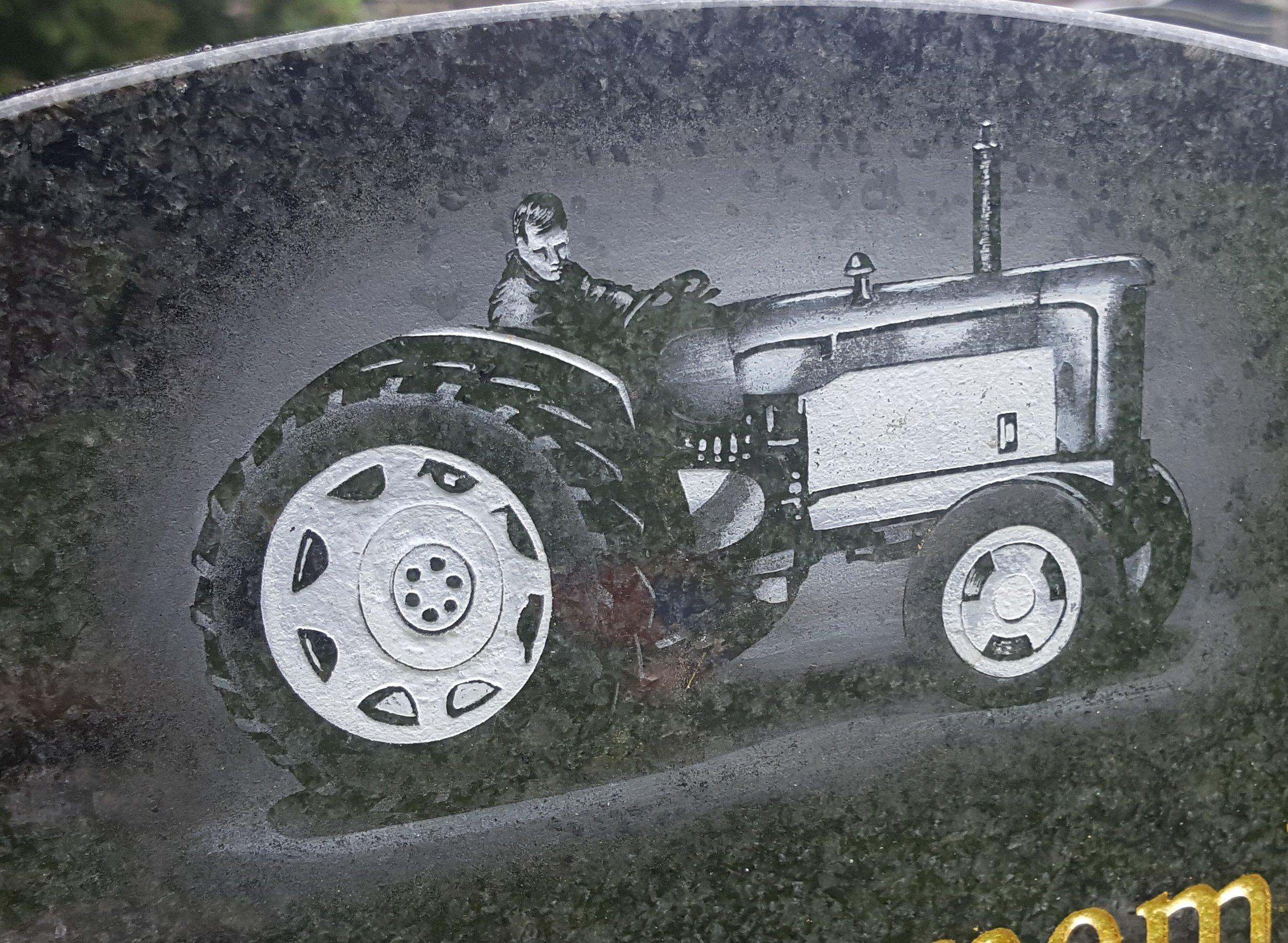 Monochrome tractor