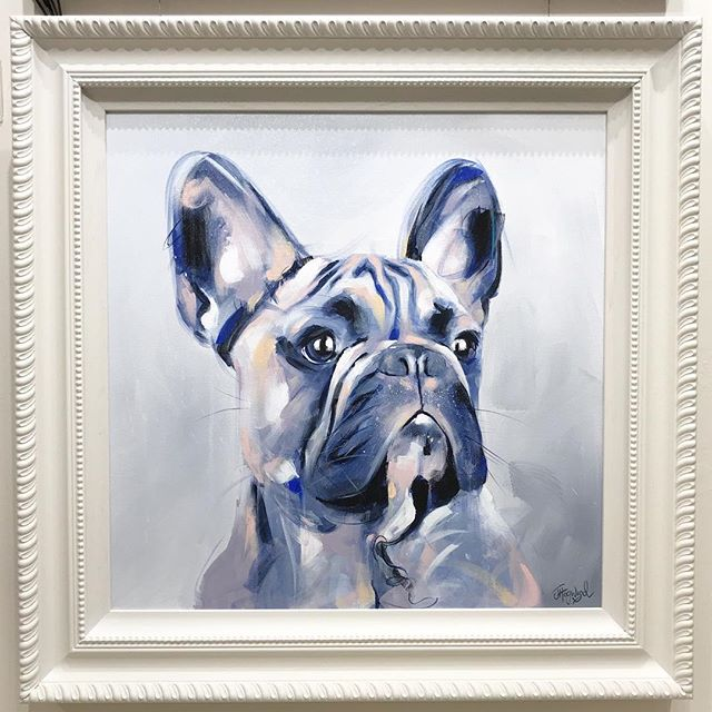 A painting that was part of my exhibition with @trent_galleries in November...I named the piece 'Precious'. I think the frame really compliments the tones in the painting 😍 XX . . . . . . . #frenchbulldog #frenchie #frenchiesofinstagram #frenchbulldogstagram #frenchbulldoglovers #frenchbulldogsrule #frenchies_ #frenchiebulldog #frenchiephotos #frenchbulldogs #frenchbulldogsrock #framedart #gallerywall #artgallery #contemporary_art #interiorart #artinterior #wintercolours #dogportrait #dogportraits #dogartist