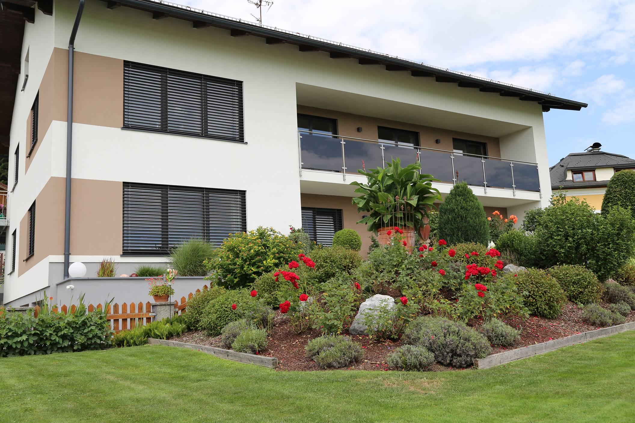 Renovierung Privathaus Köstendorf, Fenster, Türen, Raffstore