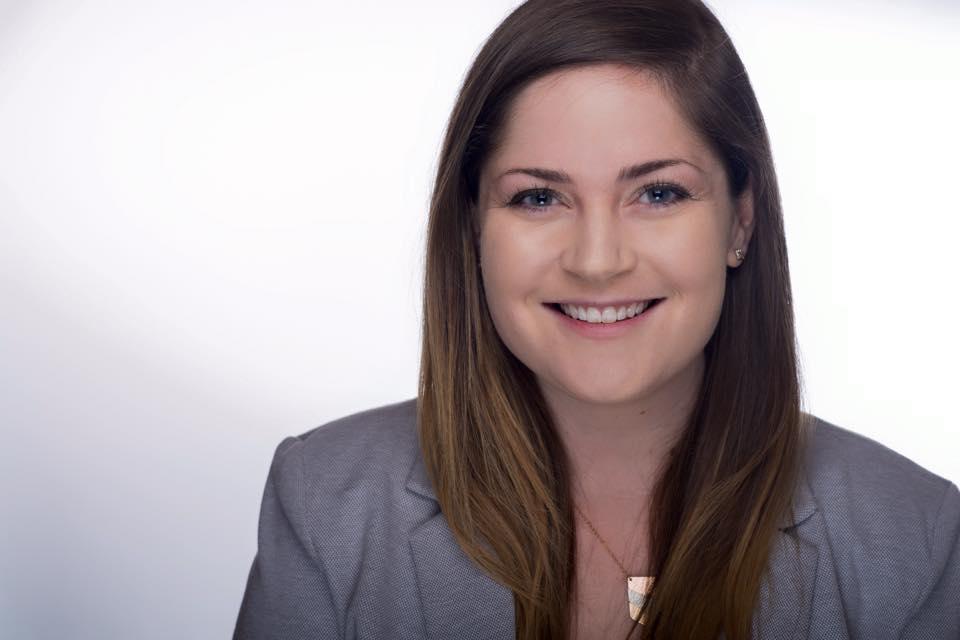 Jessy Grossman Headshot.jpg