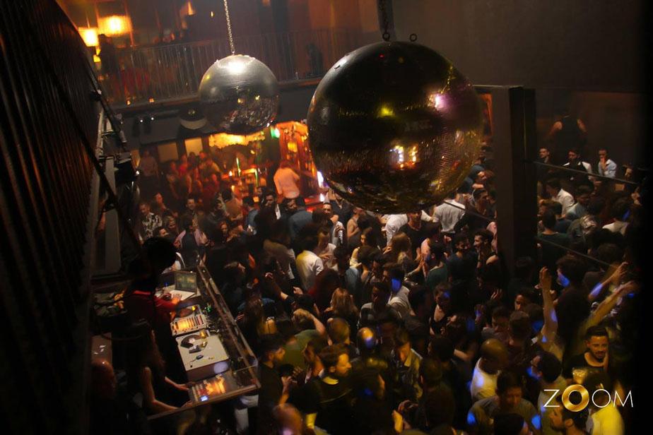 Nightclub: Zoom   Opening times:Friday, Saturday 1am-6am  Address:Rua Passos Manuel, 40  Website: http://zoomporto.wixsite.com/zoomporto   Facebook: http://www.facebook.com/zoomporto