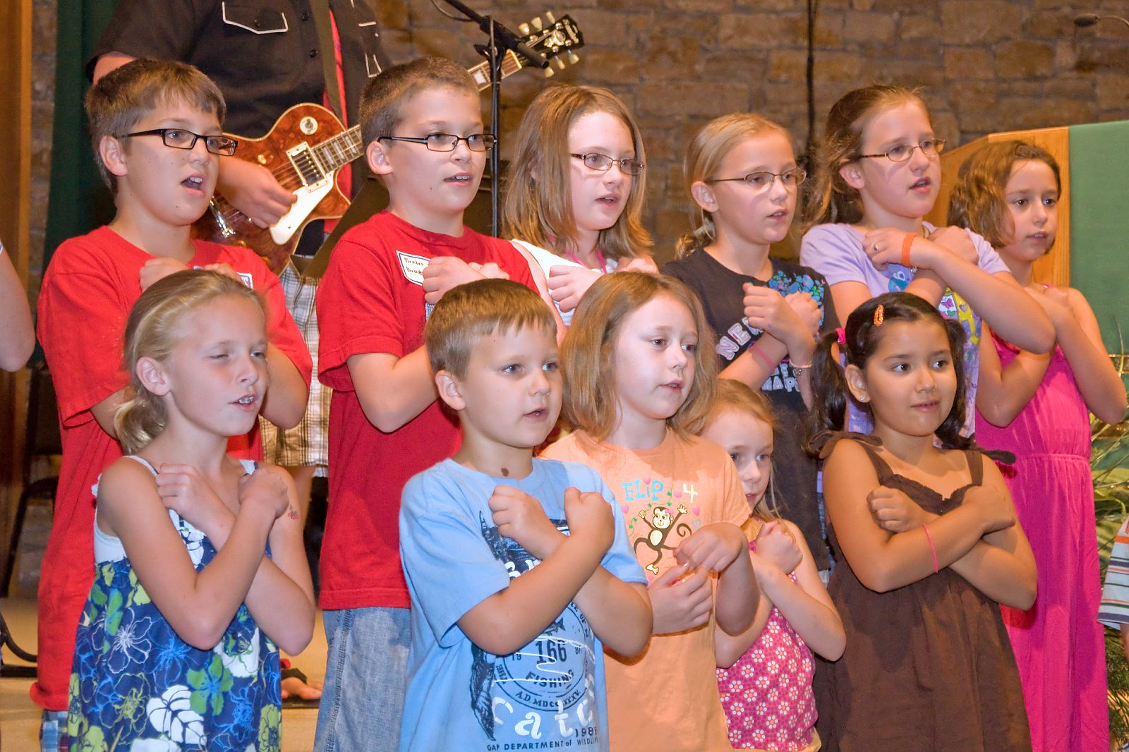 CHILDREN'S CHOIR.jpg