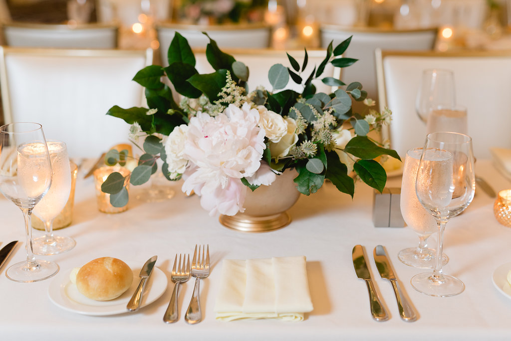 Simple wedding centerpieces for Pittsburgh wedding at Hotel Monaco