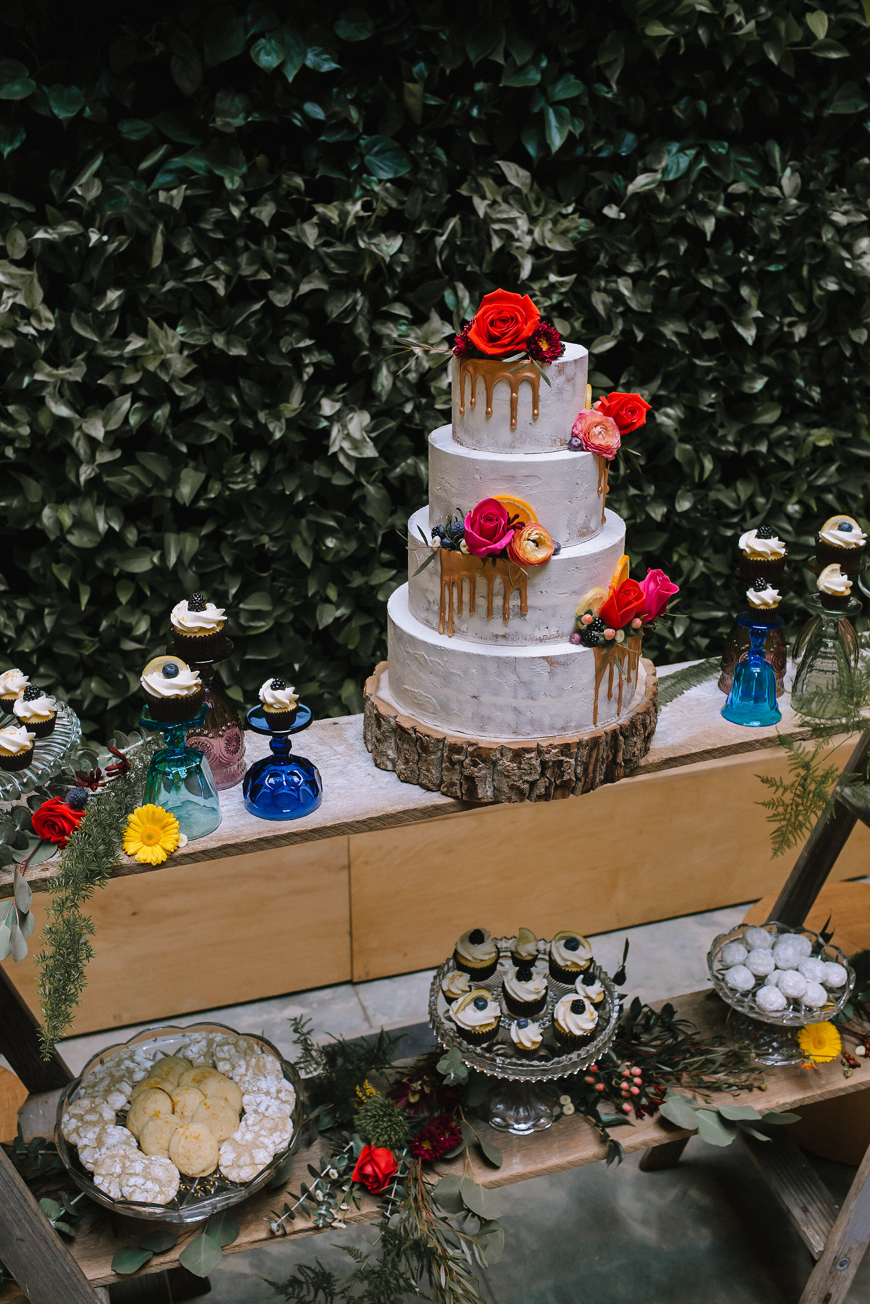 Wedding cake and dessert table inspiration at fall vintage boho styled shoot designed by exhale events. Get inspired by these gorgeous wedding details at exhale-events.com!
