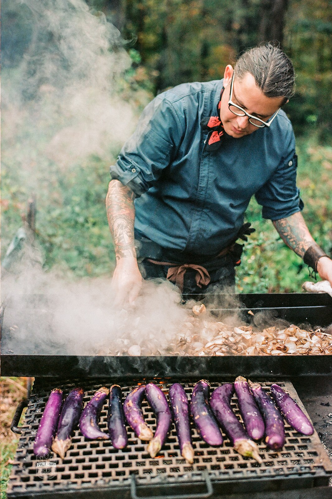 Cooking out for fall barn wedding in Pittsburgh, PA planned by Exhale Events. Find more wedding inspiration at exhale-events.com!