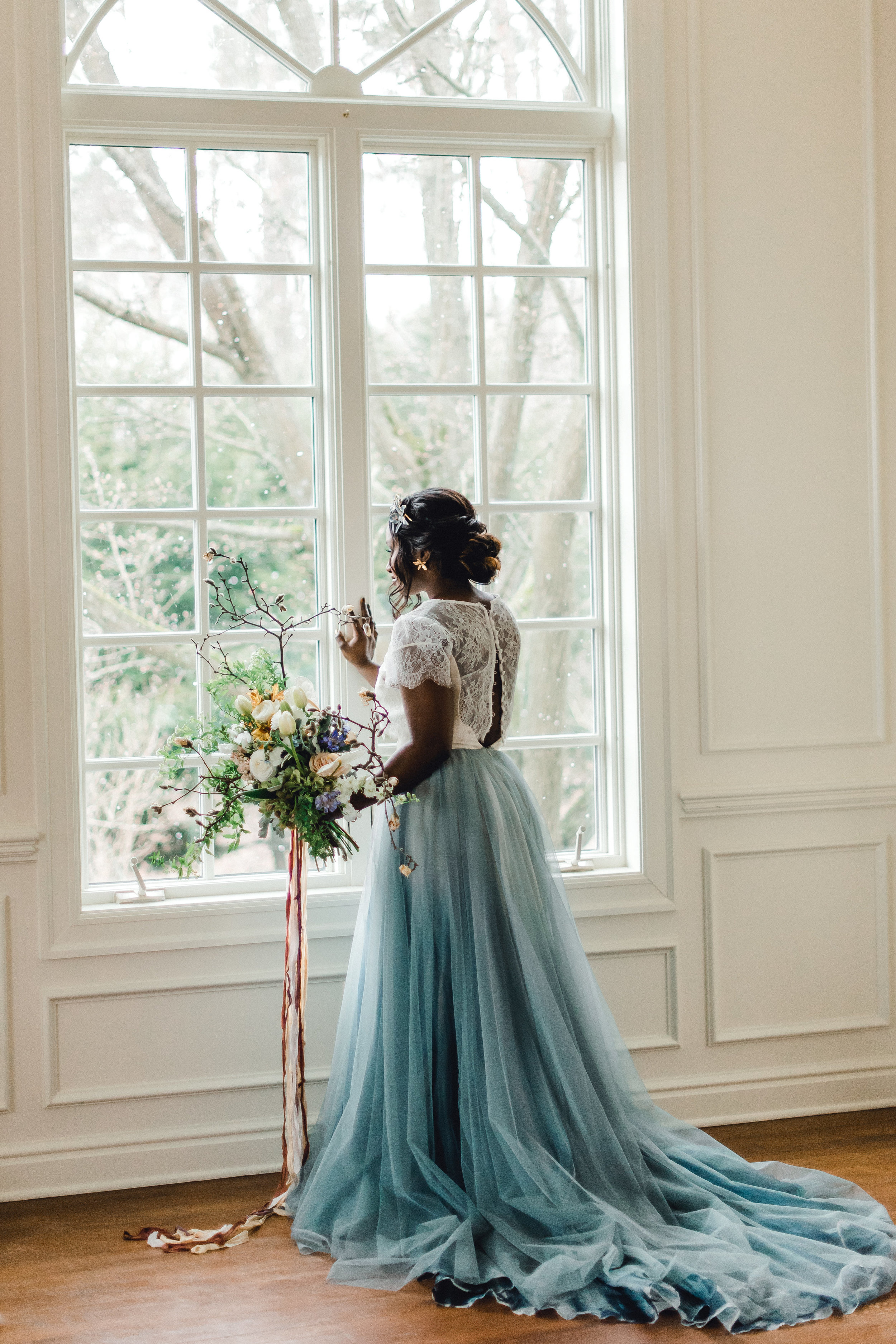 Winter Wedding - Elegant Blue Theme | Exhale Events | The Johnston House, Pittsburgh PA