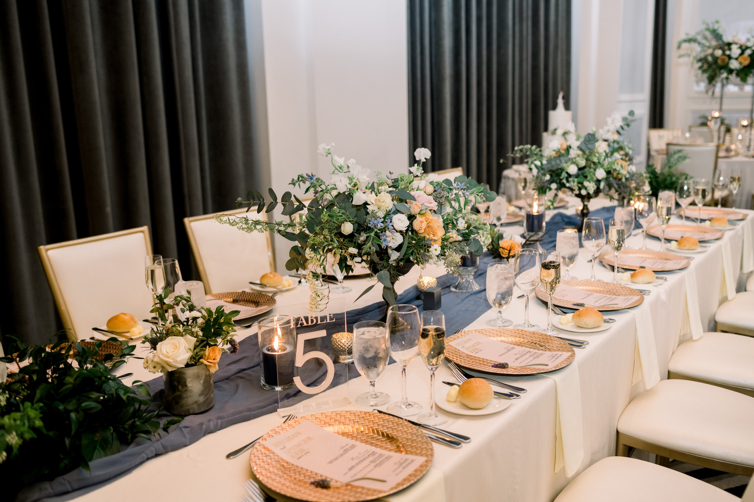 Contemporary wedding decor for Pittsburgh wedding at Hotel Monaco planned by Exhale Events. Find more modern wedding ideas at exhale-events.com!