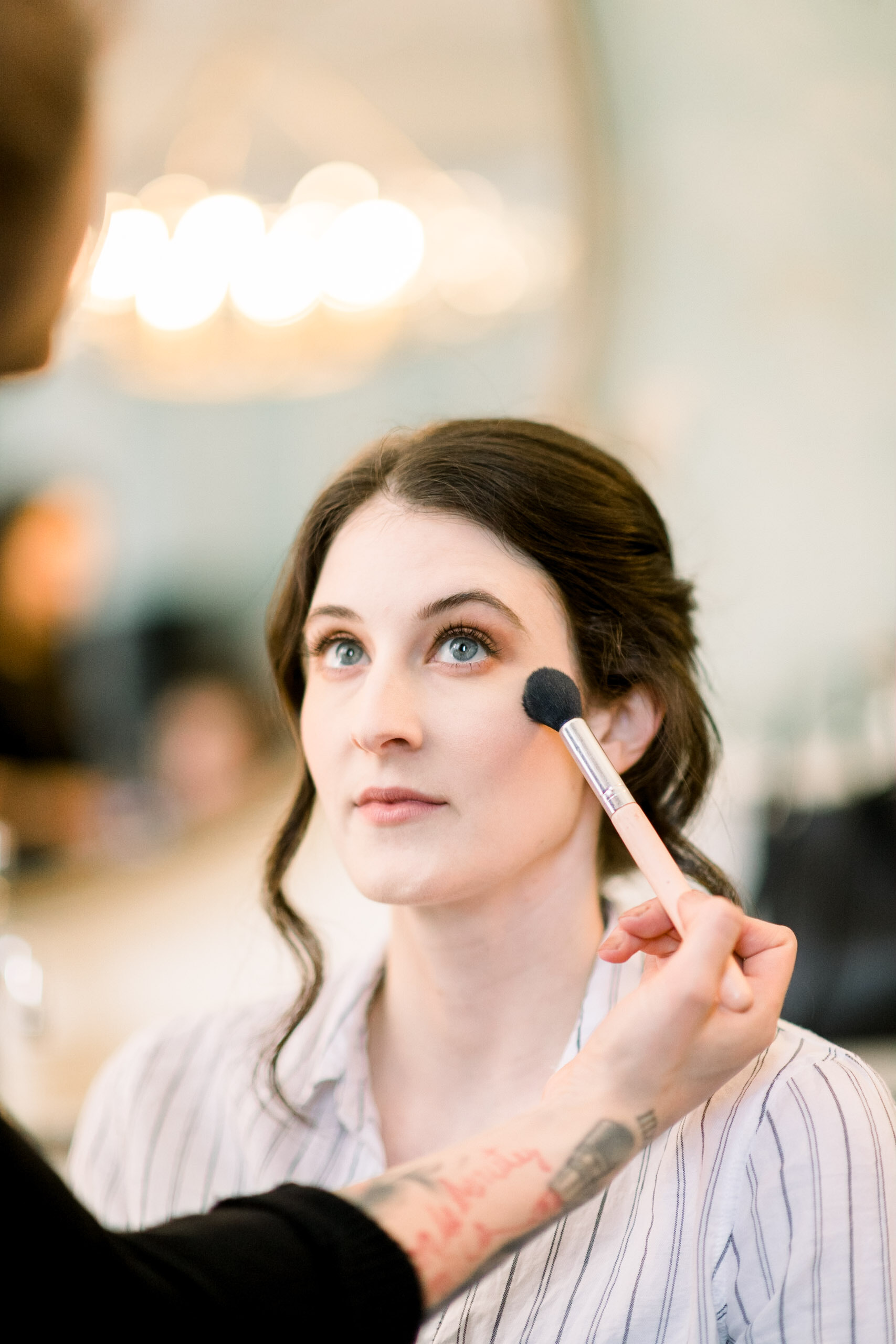 Bridal wedding makeup for Pittsburgh wedding at Hotel Monaco planned by Exhale Events. Find more modern wedding ideas at exhale-events.com!