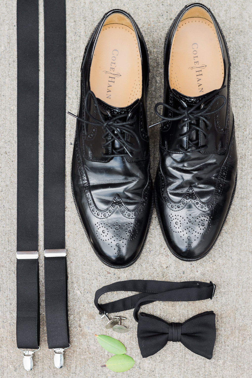 Grooms accessories for chic wedding in Buffalo, NY planned by Exhale Events. Find more timeless wedding inspiration at exhale-events.com!