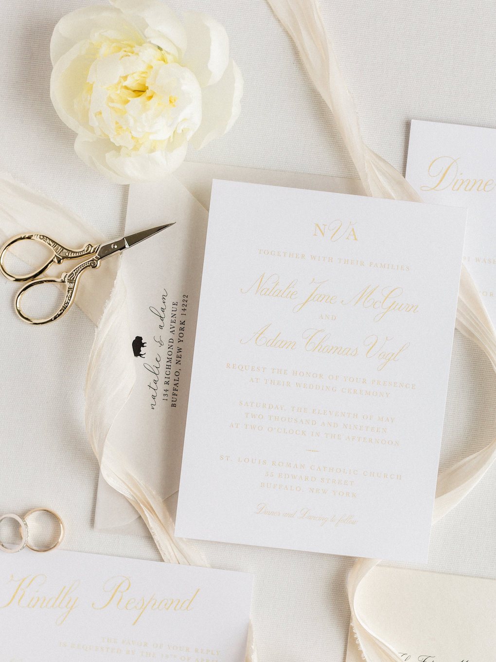 Wedding invitation and stationery for chic wedding in Buffalo, NY planned by Exhale Events. Find more timeless wedding inspiration at exhale-events.com!