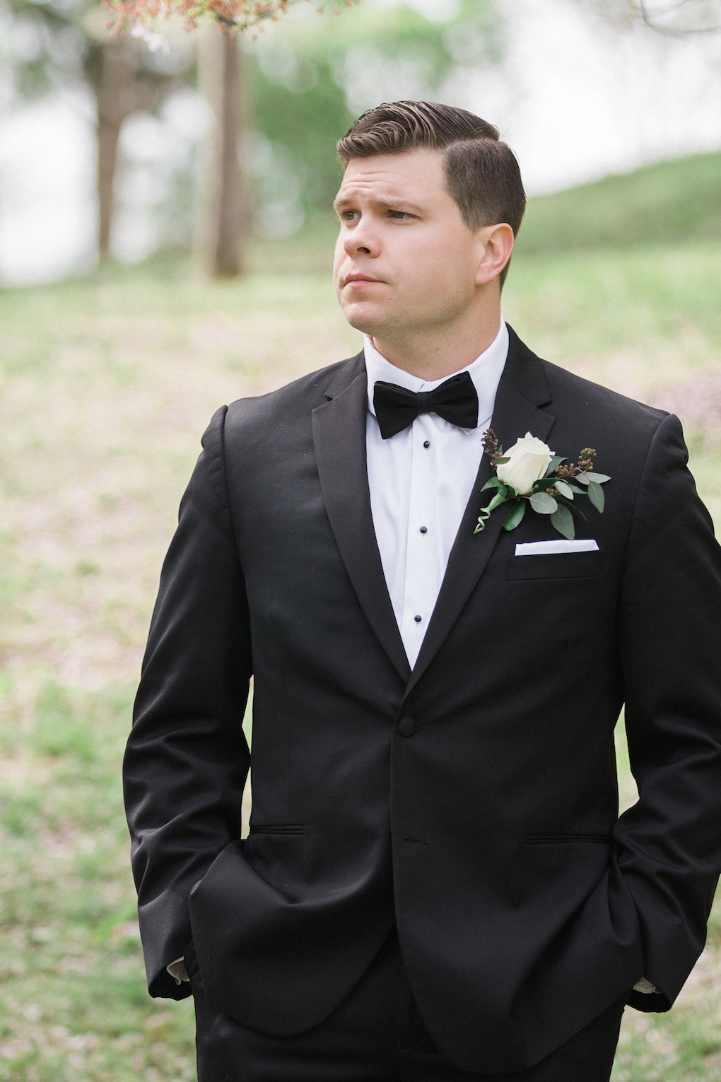 Grooms portrait for chic wedding in Buffalo, NY planned by Exhale Events. Find more timeless wedding inspiration at exhale-events.com!