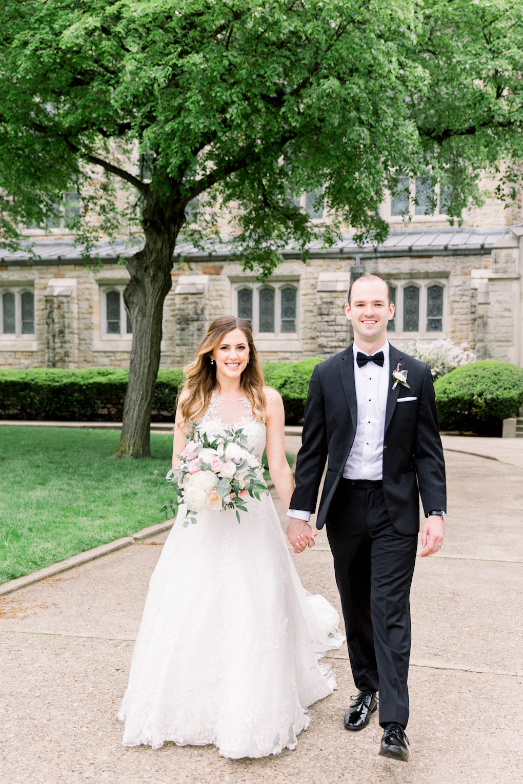 Outdoor wedding photos: Romantic Fairytale wedding at the Omni William Penn in Pittsburgh, PA planned by Exhale Events. Find more wedding inspiration at exhale-events.com!