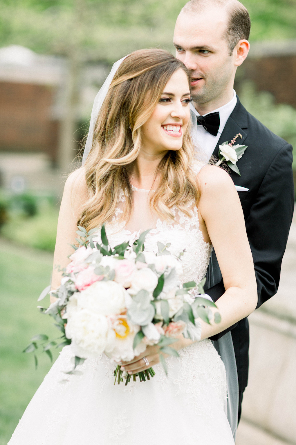 Bride and groom outdoor wedding photos: Romantic Fairytale wedding at the Omni William Penn in Pittsburgh, PA planned by Exhale Events. Find more wedding inspiration at exhale-events.com!