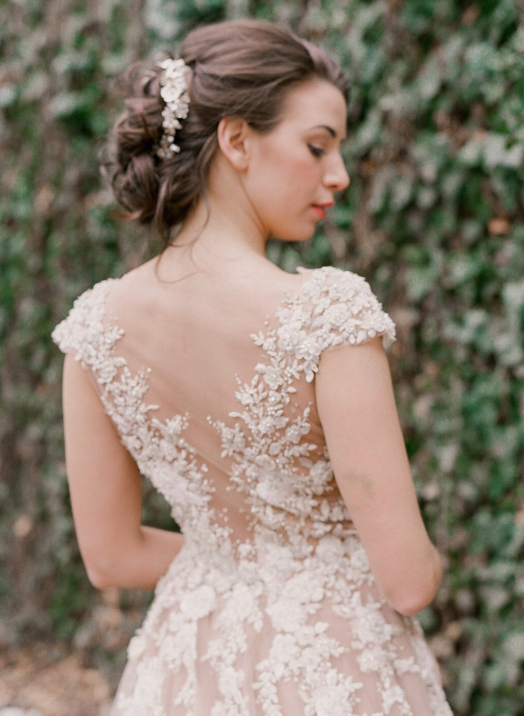 Wedding dress with matching hair piece: Soft and Subtle Palettes of Spring Blossoms | Editorial Shoot at The Renaissance Pittsburgh by Exhale Events. See more inspiration at exhale-events.com!