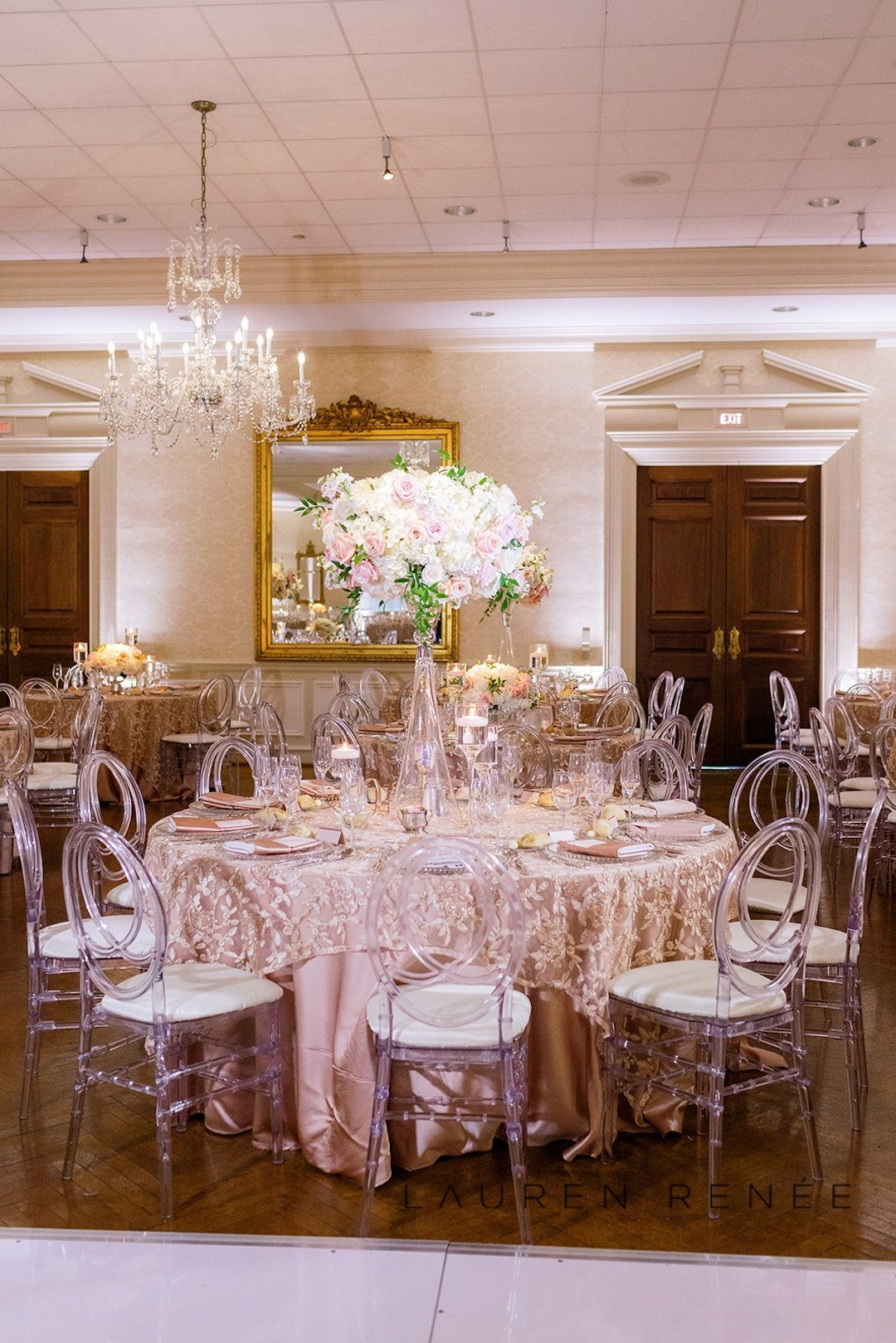 Ballroom wedding in with blush decor : Romantic Blush Wedding at the Pittsburgh Field Club planned by Exhale Events. See more at exhale-events.com!
