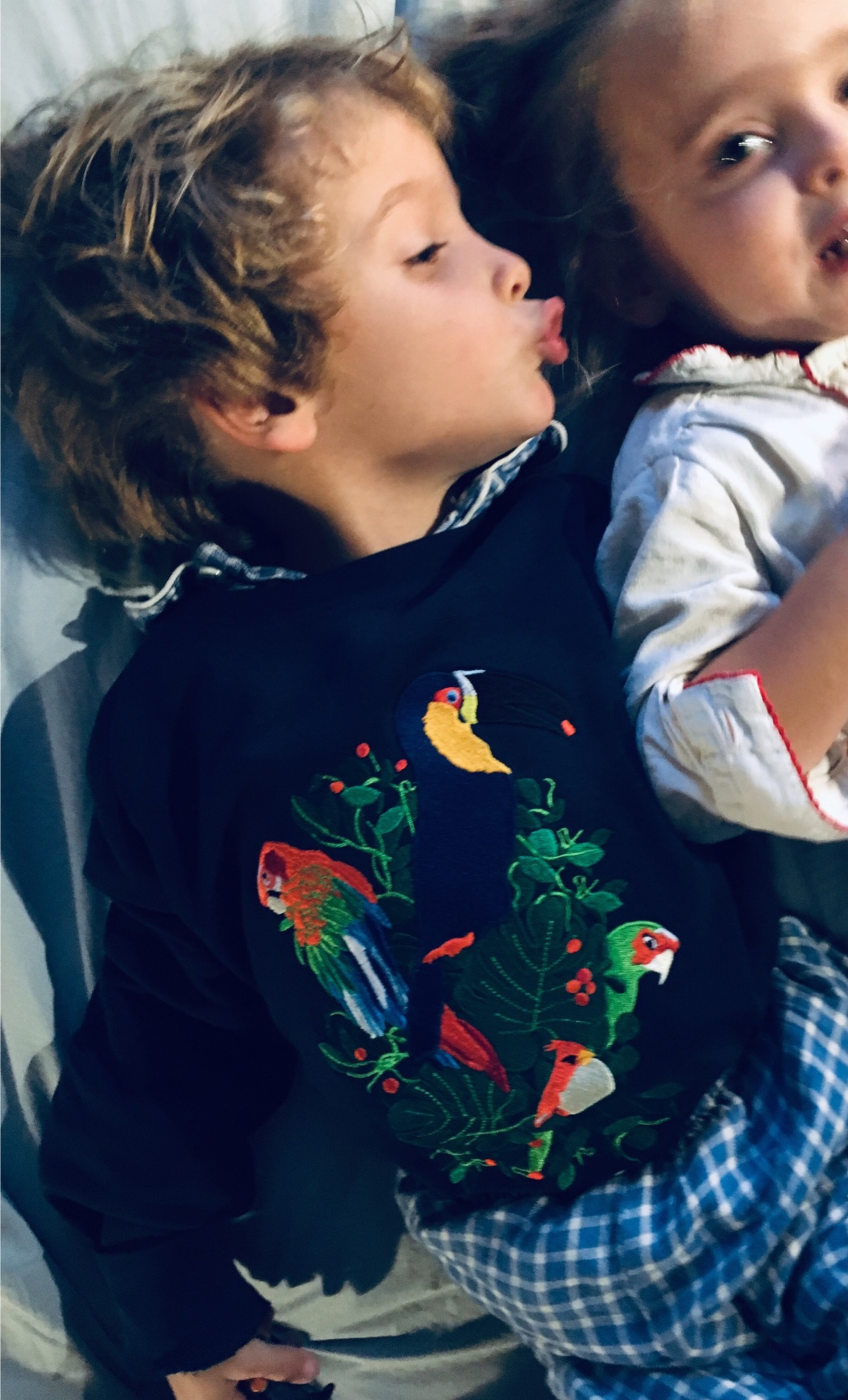 kids-sweatshirt-musca-paris