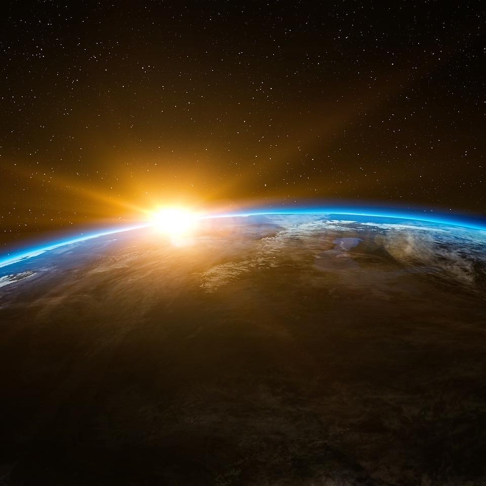 sunrise-1756274_1920.jpg