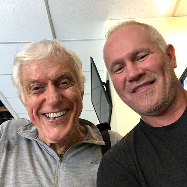 Dick Van Dyke stopped in at Agoura Fitness today. #agourahills #agourafitness #agouraboxing #oakpark #calabasas #fitness #yoga #fitness #marypoppins #chittychittybangbang