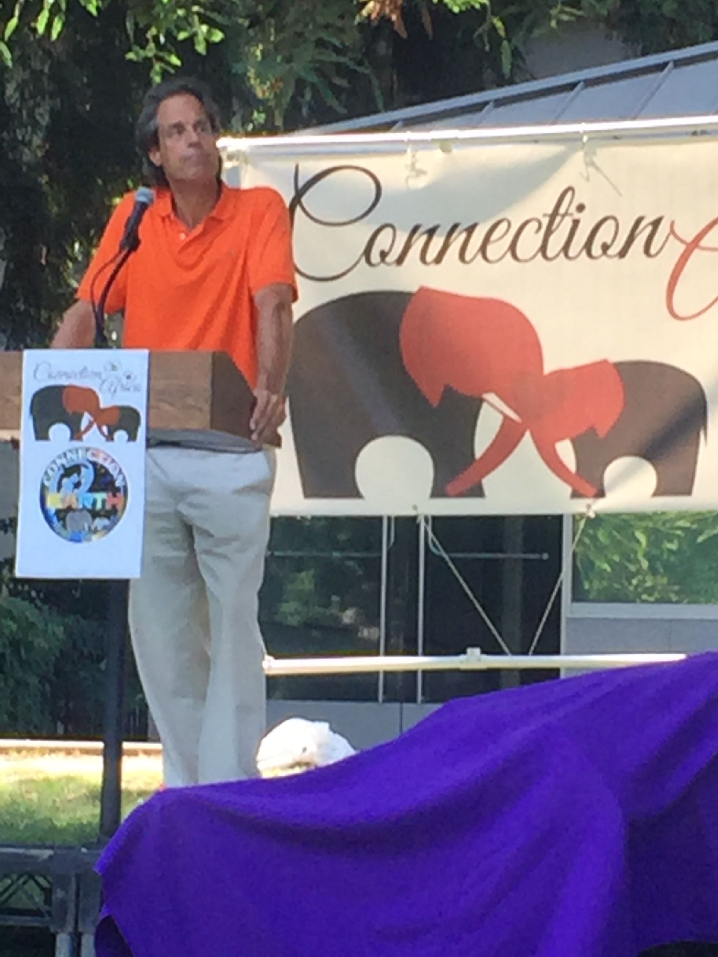 Rallying for the elephants on 12 August 2017, in California's state capital --Sacramento.