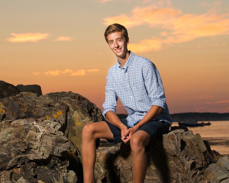 senior portrait on the beach 36.jpg