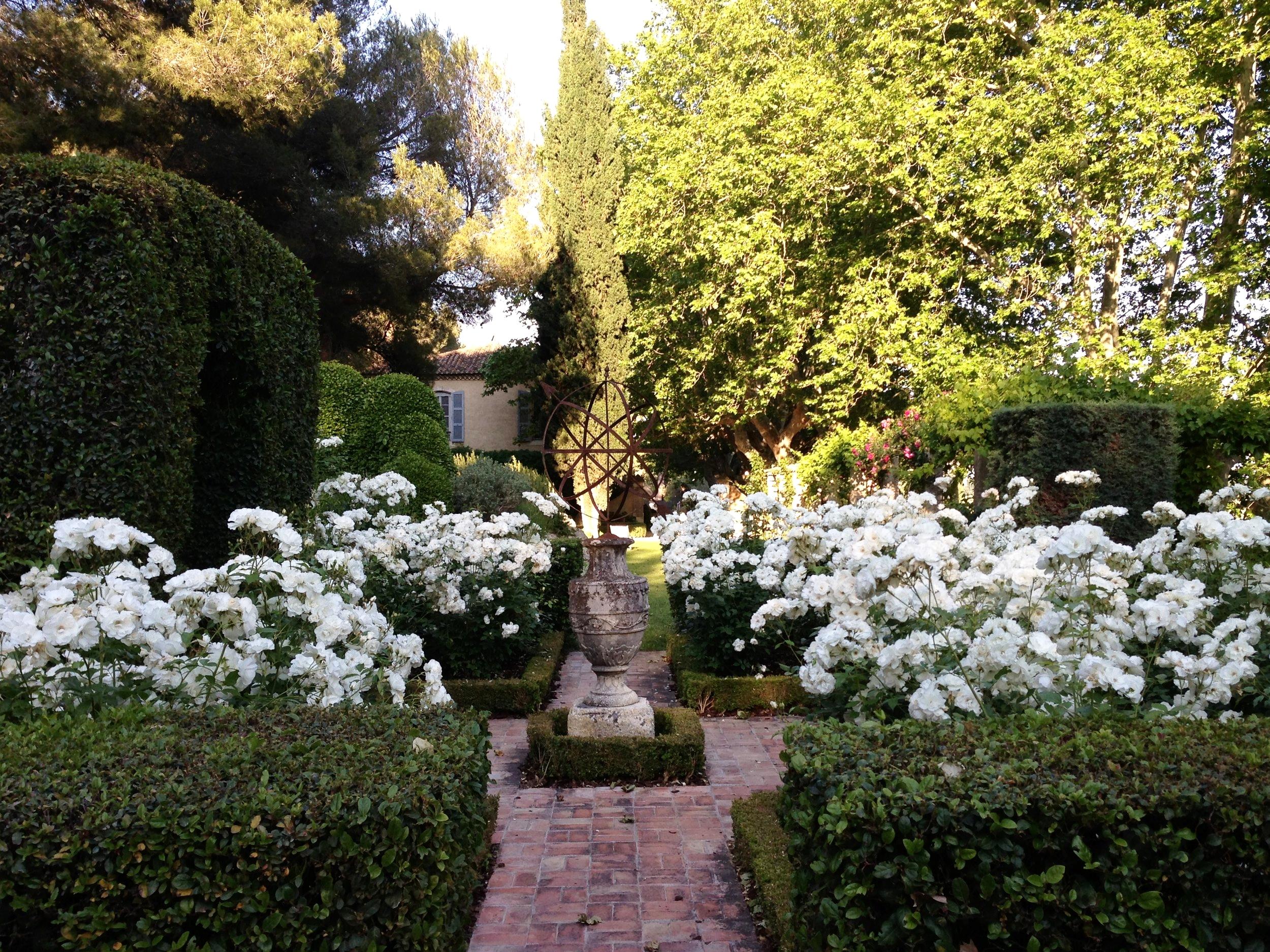 Mas de Baraquet Gardens