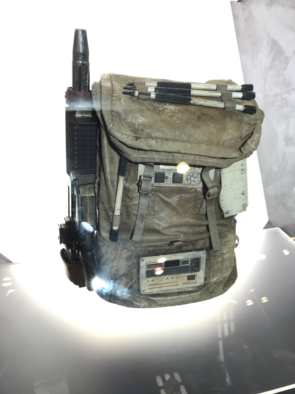Verizon Booth-NYCC21.jpeg