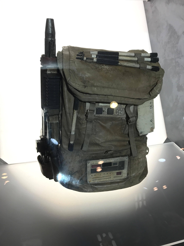 Verizon Booth-NYCC22.jpeg
