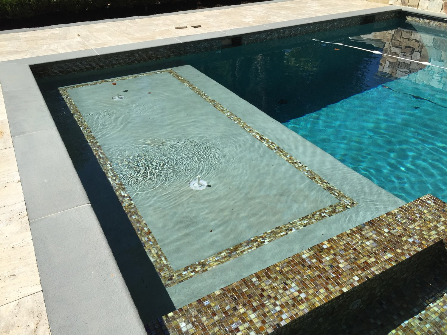 100sf sun shelf with led bubbler fountains - automatic pool cover -