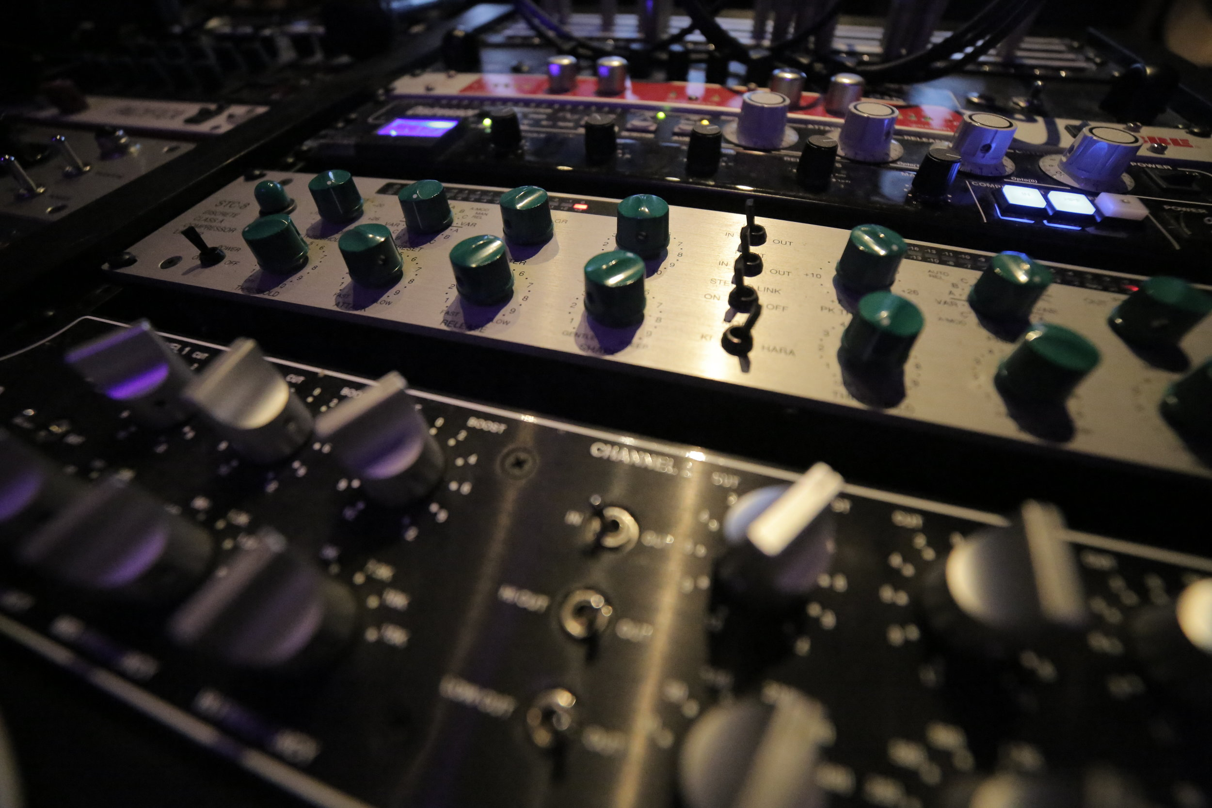 MASTERING - Let us add the final touches to your masterpiece with professional mastering services.