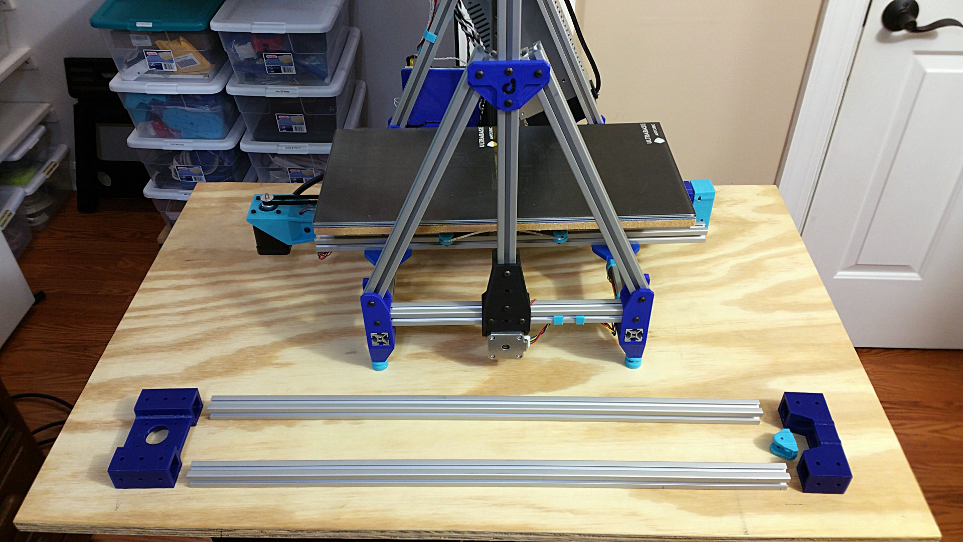 Move Mock up visualization of the New Extrusions and Bracketry for the Y-Axis