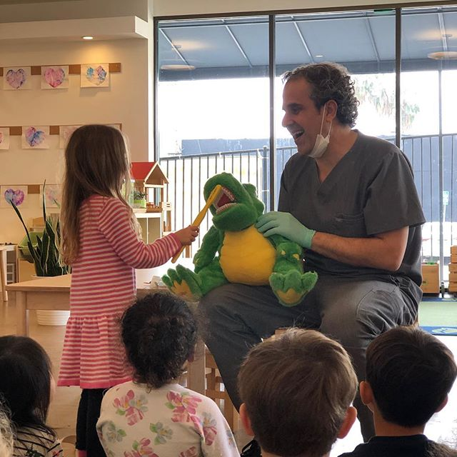 We had our annual visit from @siliconbeach.dental. Great end to our unit on community helpers.  #communityhelpers #dentist #floss #brush #thelittlegardenpreschool #preschool #preschoolactivities #brush #floss #