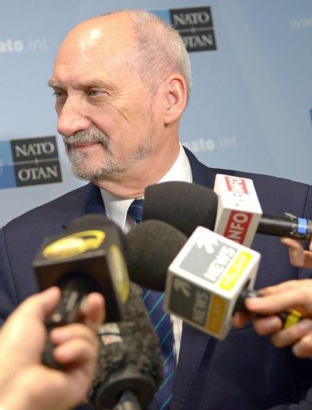 Minister Antoni Macierewicz