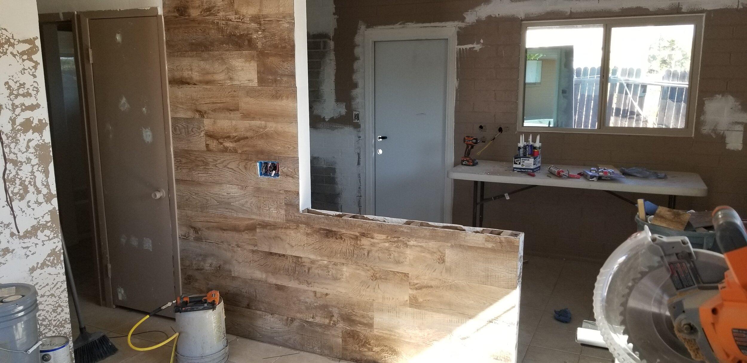 Living room half wall complete