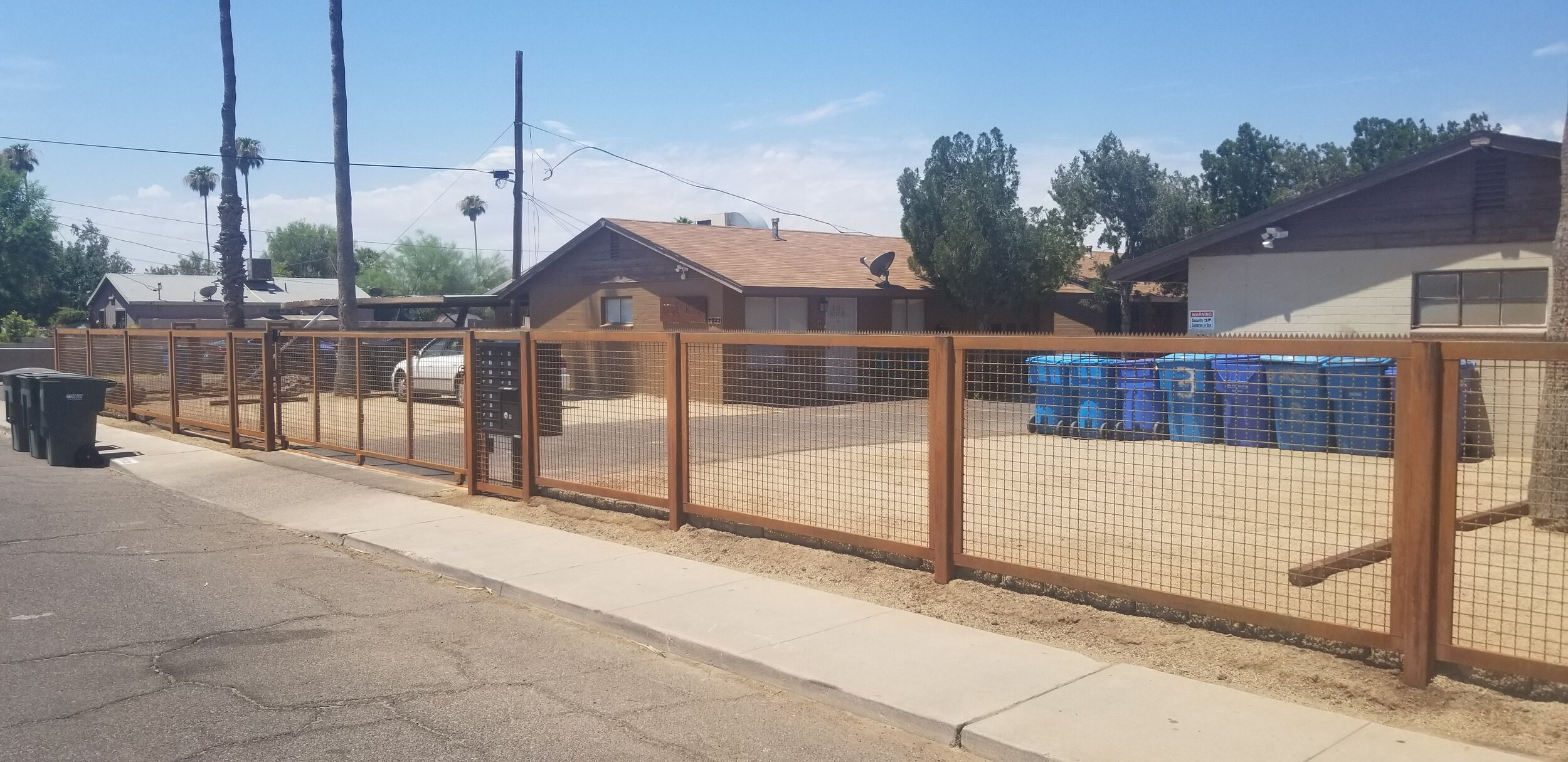 Front fence & Gate complete