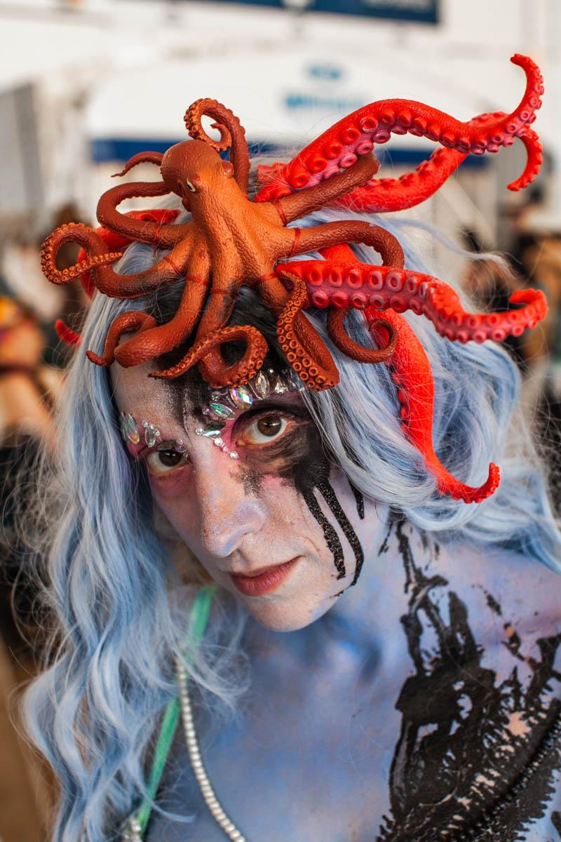 MermaidParade1149-WEB-Portfolio.jpg