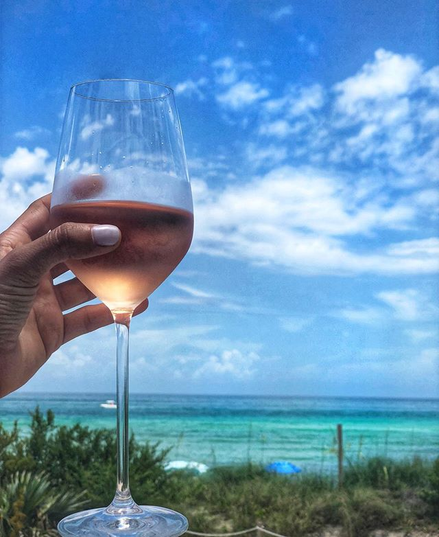 """*giveaway🍷we're giving away two tickets to south beach food and wine's """"mixing it up on the miami river"""" event on february 21st, hosted by @adamrichman , host of man finds food on the @travelchannel 