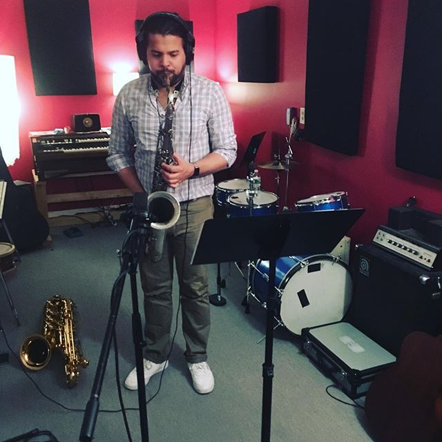 The 2 for 1 special with @salcedomusic - 🎷🎷 — can't wait to drop this song 🙌🏻 #instudio #nirkay #horns #newalbum