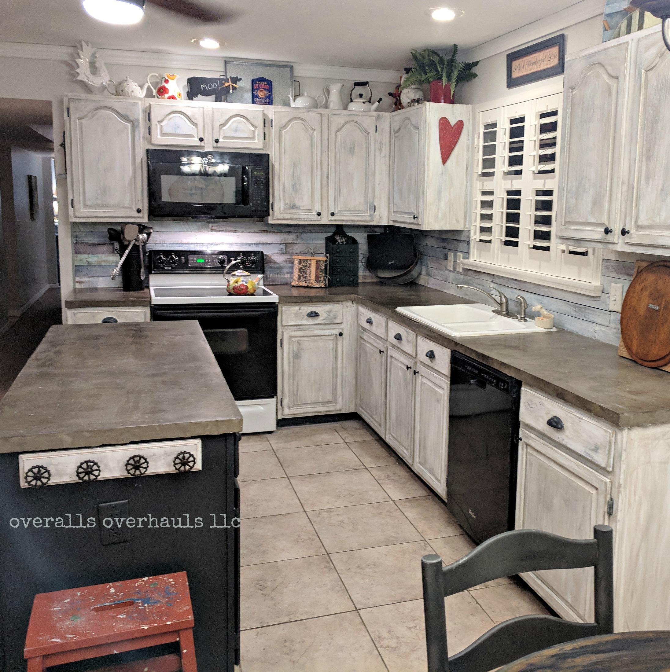 baker kitchen 3.jpg