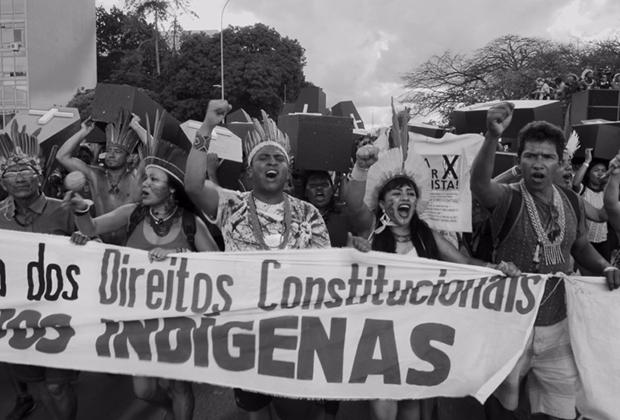 Entre Parentes, Documentário, Tiago de Aragão, Amora Consultoria Linguística, Tradução Audiovisual, Legendagem.
