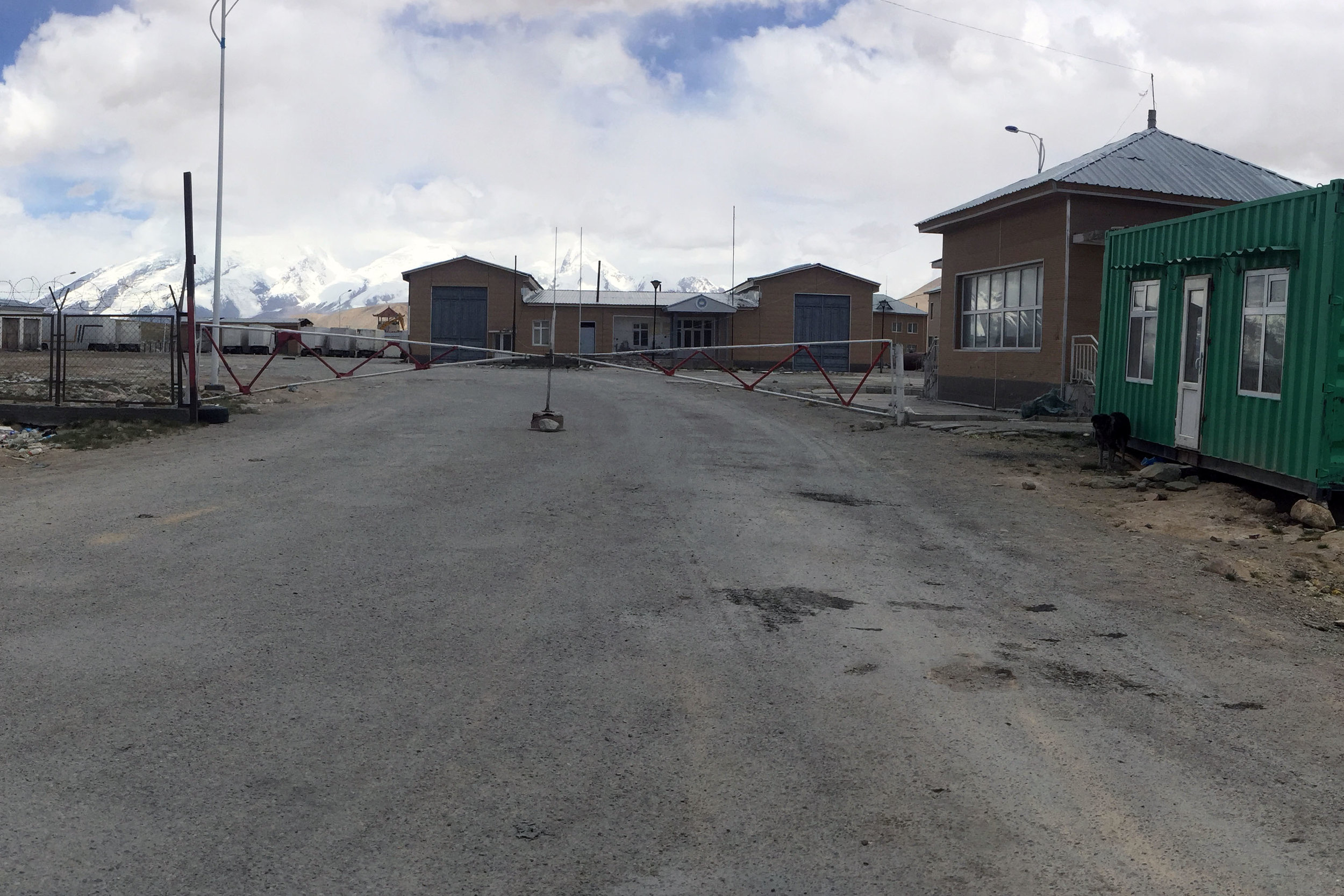 The Tajik side of the Kulma Pass.