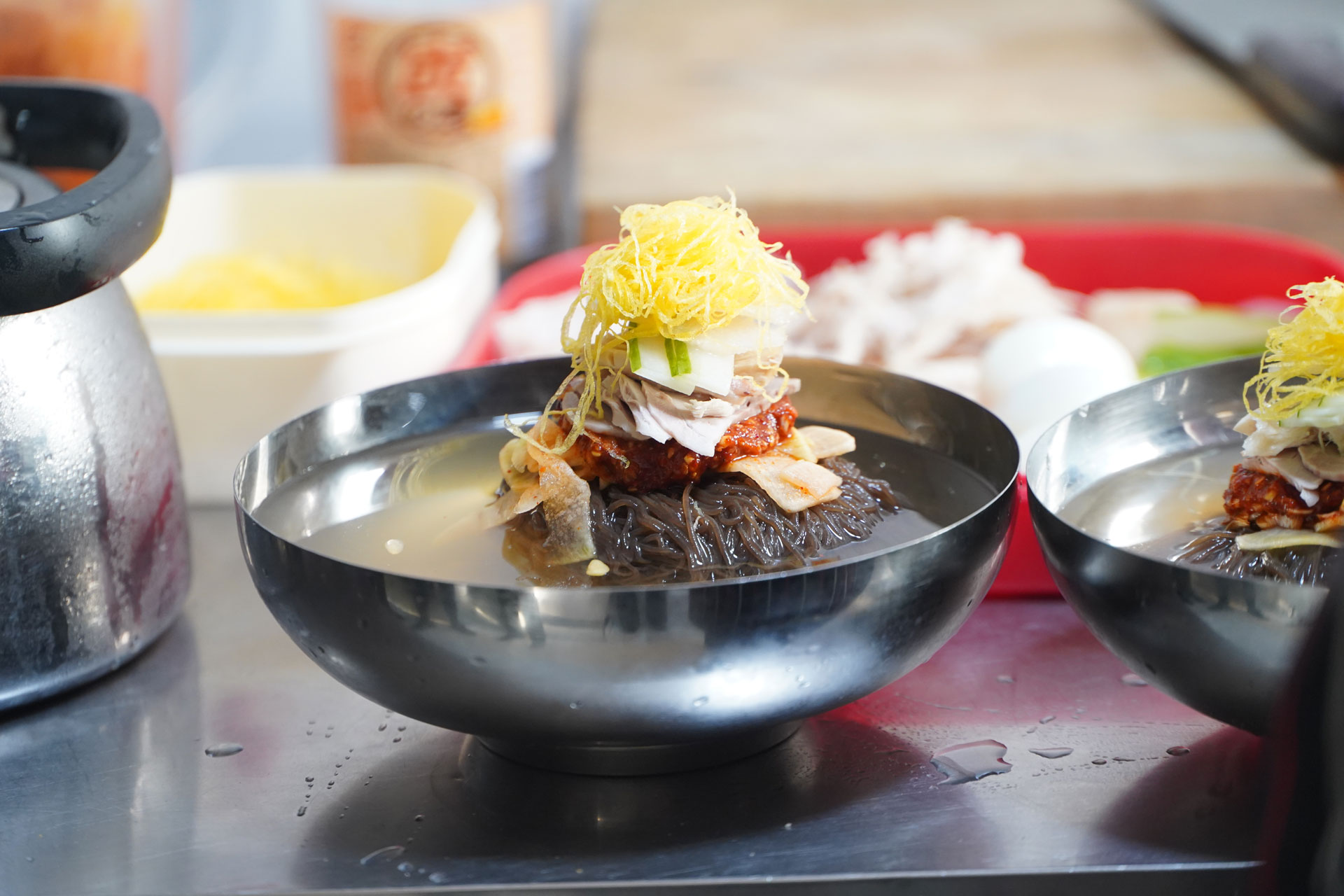 north-korean-cold-noodle-raengmyon.jpg